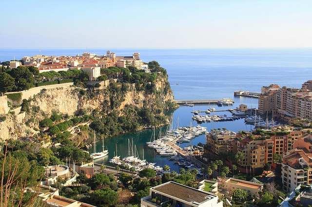 Wie Du mit wenig Geld nach Monaco kommst