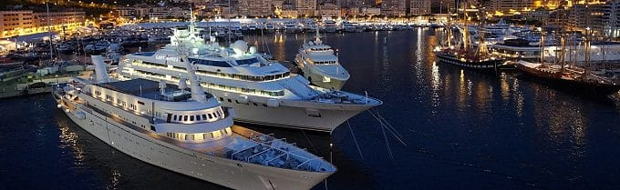 Yachthafen Monaco bei Nacht